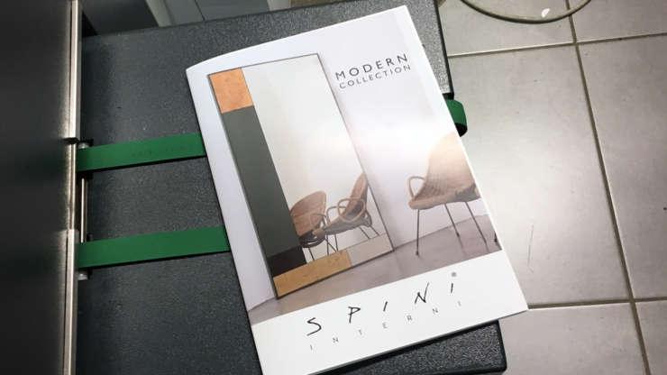 Brochure A4 piegate e spillate